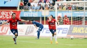 Wilstermann vence a Bolívar por 3-2 y recupera posiciones