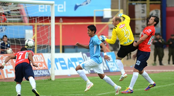 Wilstermann derrotó a Aurora por 0-3 en el clásico valluno