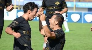 Wilstermann goleó a Petrolero por 4-0