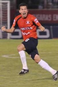 Nicolás Suárez jugó su partido 576 e igualó a Vladimir Soria