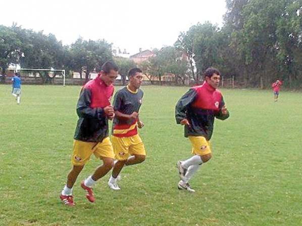 Marco Rivero será el sustituto de Cristian Machado en el once titular de Wilstermann que jugará contra Guabirá