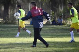 Hugo Suárez, Carlos Tordoya y Gerardo Berodia están listos para volver al once