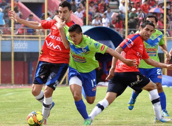 Wilstermann sufre revés en el Capriles con empate ante San José