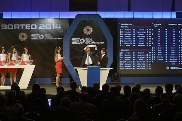 Wilstermann abrirá su participación el 30 de julio enfrentando a Peñarol