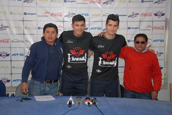 El atacante Óscar Díaz y el portero Matías Dituro firman contrato con Wilstermann