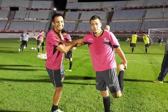 Wilster enfrenta a Peñarol