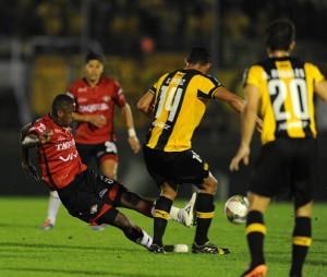 Peñarol 2 Jorge Wilstermann 0 - Copa Sudamericana 2014