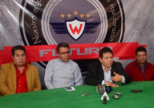 Gróver Vargas continúa al mando