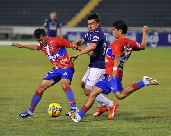 Wilstermann iguala 2-2 con la U en Sucre