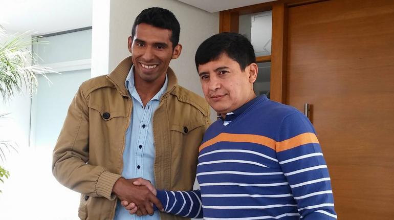 Gilberth Álvarez firma contrato con Wilstermann