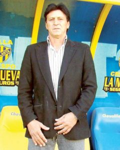 Wilster negocia contratación del técnico Monzón o Llop