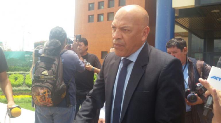 Mosquera llega a Cochabamba para tomar el mando de Wilster