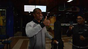 LLEGÓ A COCHABAMBA – Carlinhos: «Vamos a ganarle a Mineiro»