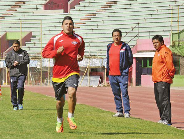 Wilster inicia trabajos hoy y negocia con el Pochi Chávez