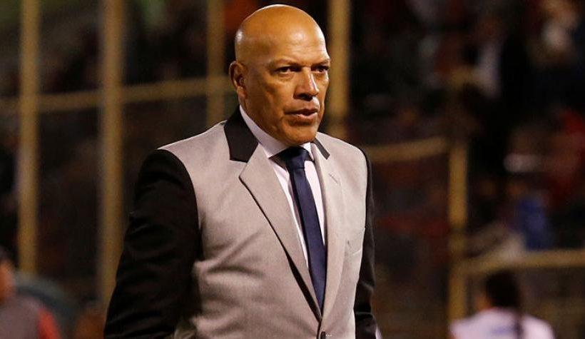 Roberto Mosquera subió 28 puestos en Ranking Mundial de entrenadores tras clasificar en la Copa Libertadores