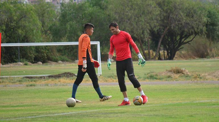 Olivares y Machado serán bajas para el partido ante Sport Boys