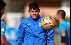El joven portero de Blooming es una de las opciones en el equipo aviador ante la inevitable salida del chileno Raúl Olivares.