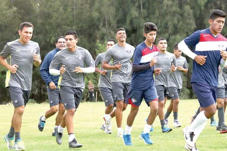Ríos y Gaúcho irán en el ataque del Rojo