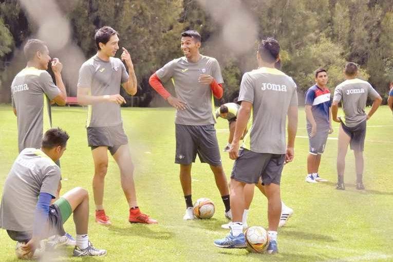 Wilster jugará con equipo alterno frente a Real Potosí