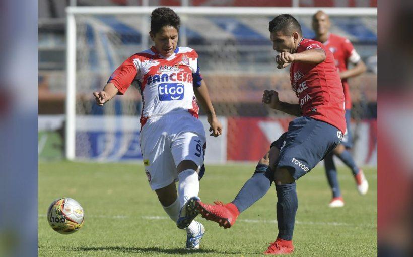 ¡Wilstermann vs U de Sucre se suspendió en Bolivia tras cinco lesionados y un 7-0 parcial! [VIDEO]
