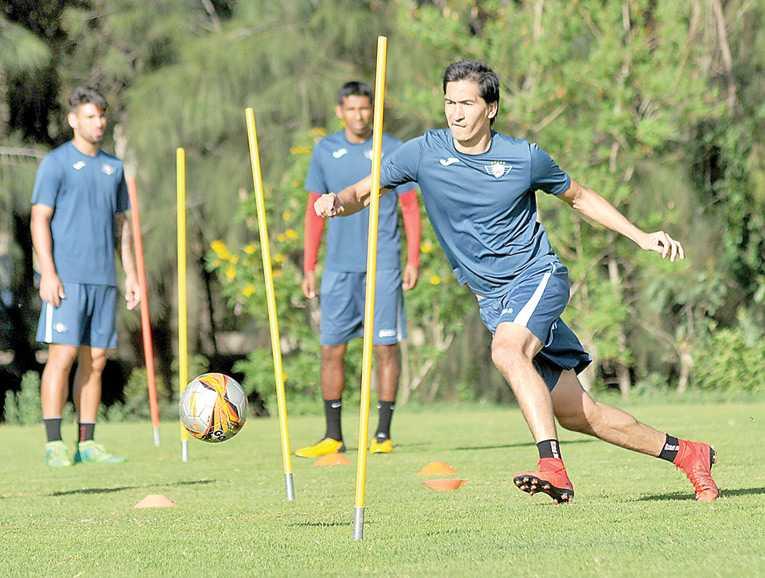 Álvarez y Pedriel serán la carta de gol ante Blooming