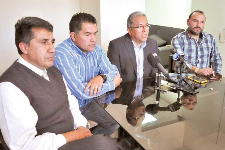 Frente Rojo de Corazón pide legalidad al directorio aviador