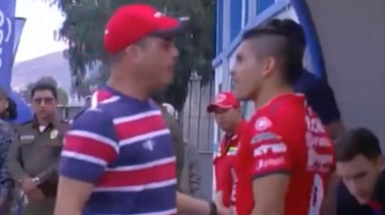 """[VIDEO] Thiago Leitao pide disculpas por incidente """"vergonzoso"""" en partido de Wilstermann"""