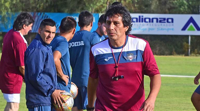 Álvaro Peña, técnico de Wilstermann, dice que no se aferra al cargo