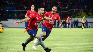 Chávez y Ríos regresan al once titular frente a Destroyers