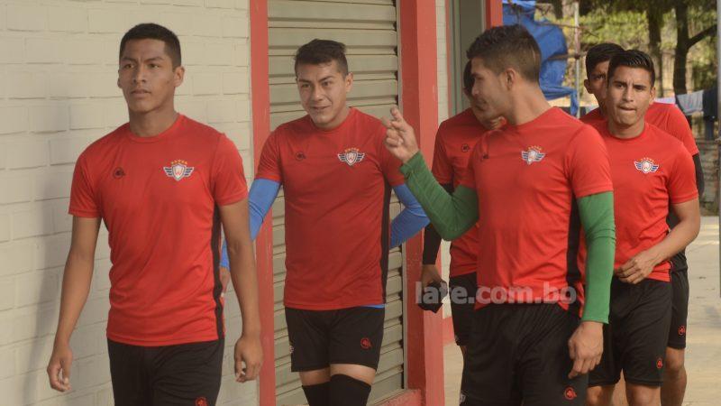 El Rojo tendrá seis partidos vitales en Cochabamba