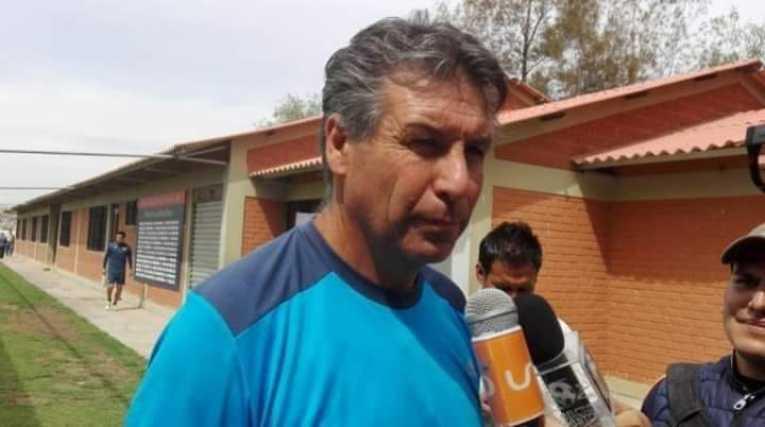 Kekes es el entrenador interino de Wilster y Galindo el ayudante de campo