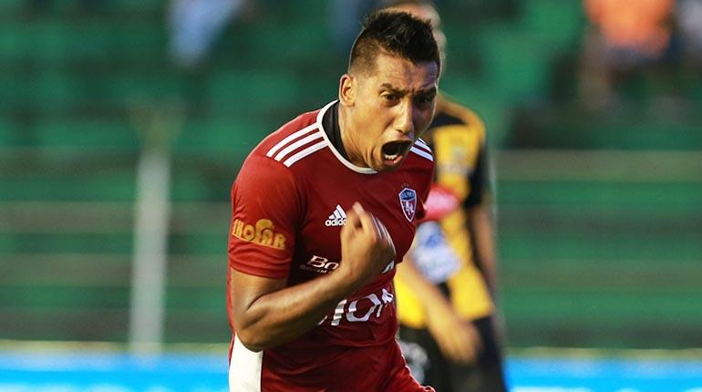 Machado presenta amparo contra el TRD