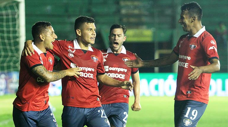 [VIDEO] Wilster golea a Blooming y se mantiene en la punta