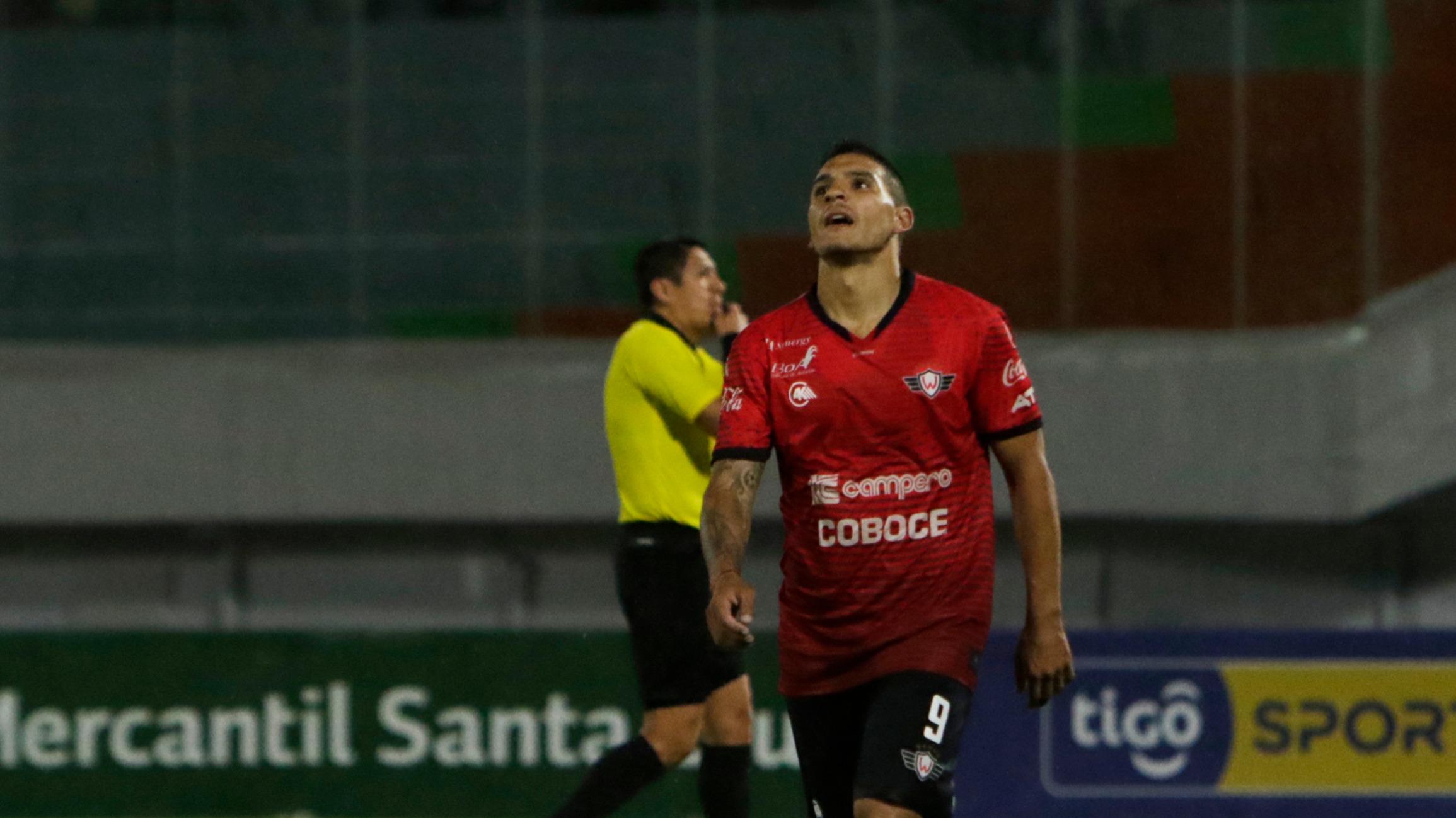 Pochi y Pipo son bajas ante Real Santa Cruz