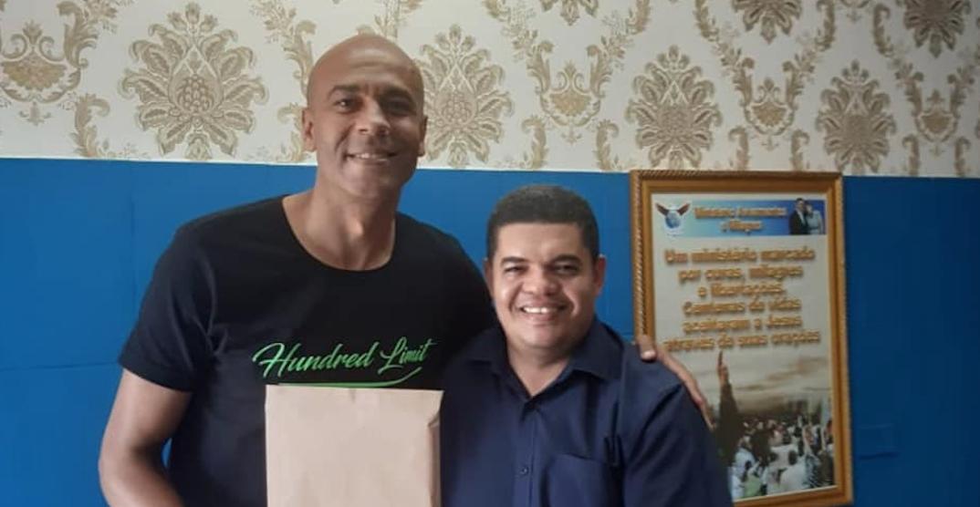 Alex da Silva, referente de Wilster, celebra llevar la palabra de Dios a las cárceles y hospitales
