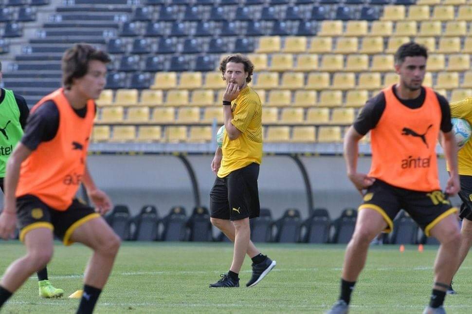 Peñarol lleva cuatro días de entrenamiento de cara a la Copa Libertadores