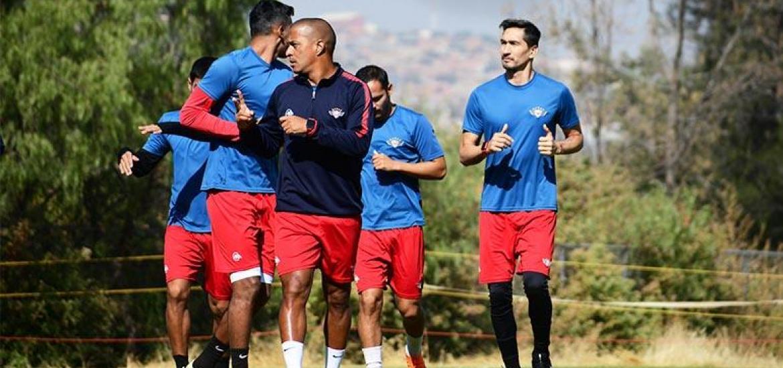 Rojos alistan cambios y sistema defensivo ante Paranaense