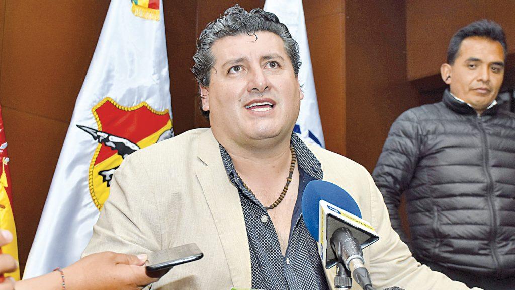 """FBF califica como """"inviable"""" la reanudación del Apertura"""