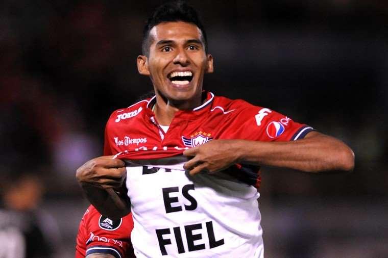 Wilstermann superó a Municipal Vinto con goles de Melgar y Álvarez