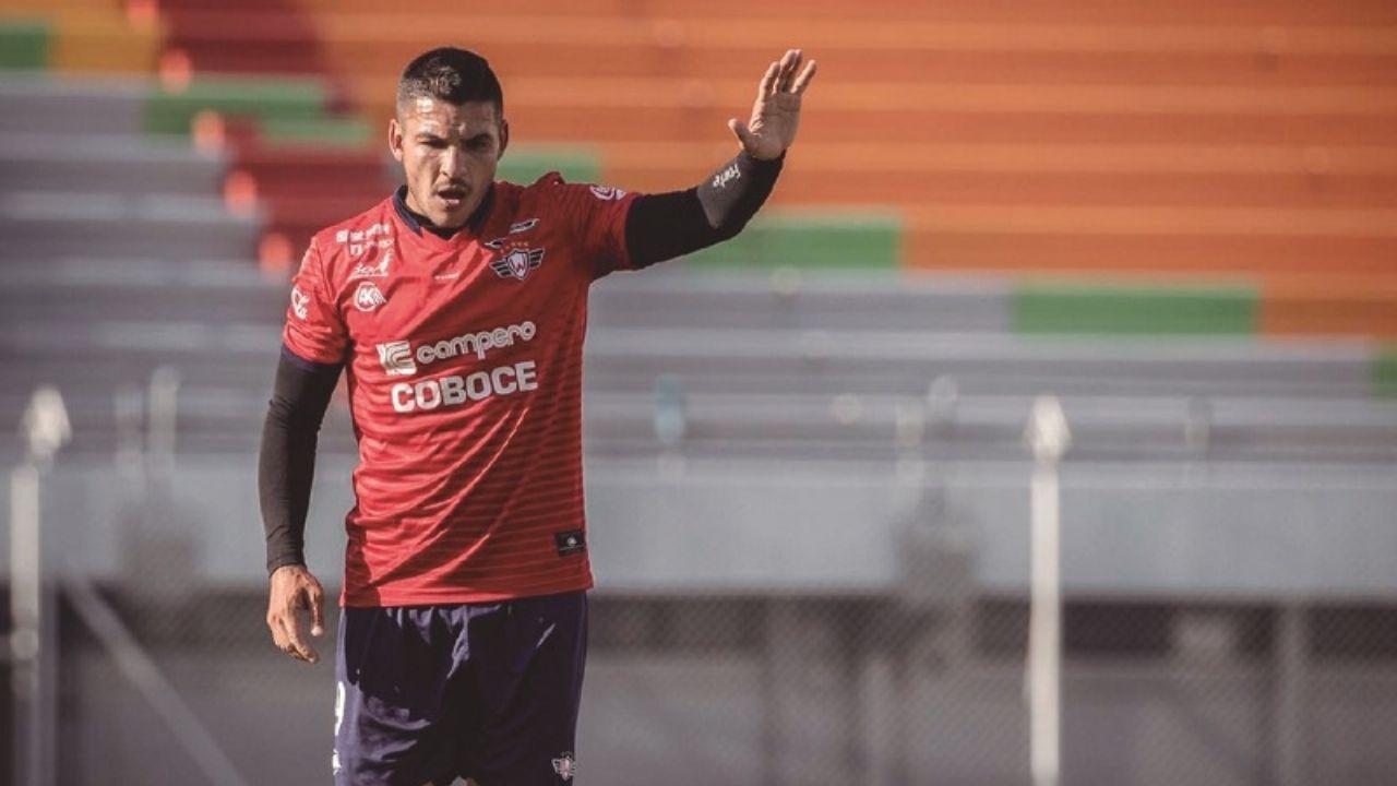 El técnico Díaz prueba con Serginho por Pochi