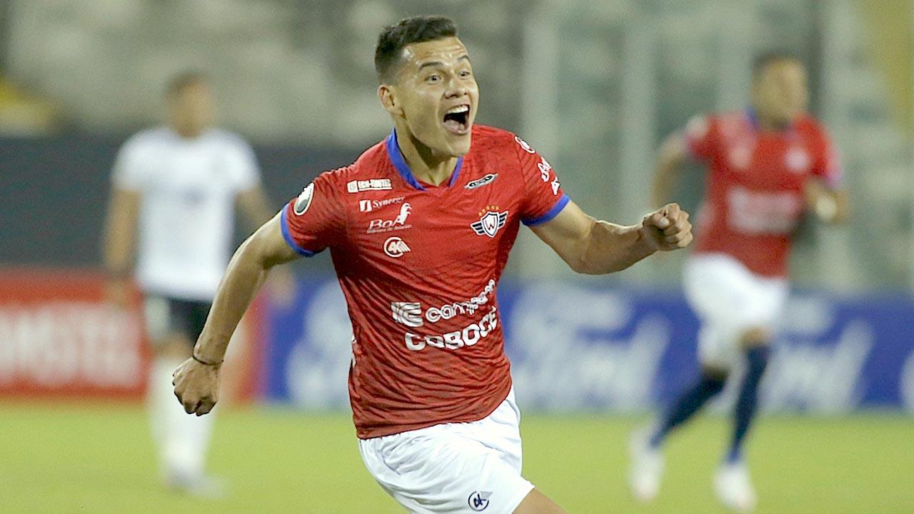 Moisés Villarroel ampliará con Wilster hasta 2022