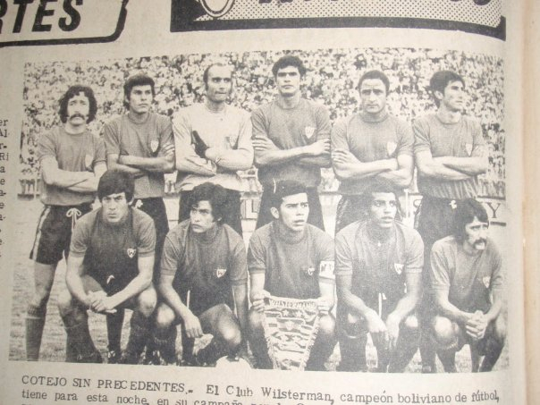 1973 - Bravo, Pérez, Issa, Cabrera Bucet, Ponce y Olivera (arriba); el chapaco JC Sánchez, F. Vargas, Limberg Cabrera Rivero, Milton Teodoro Joana y Gangas
