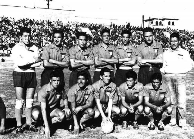 Este es el equipo aviador del año 1959, el que obtuvo el segundo título nacional de los tres consecutivos, porque en 1958 se coronó y también lo hizo en 1960. Wilster —merced a su título del año 59— se convirtió en el primer equipo boliviano en participar en la Copa Libertadores de América. Brillaban, entre otros, Wálter Zamorano, Mario Zabalaga, Carlos Trigo, César Sánchez, Máximo Alcócer, Ausberto García, Renán López, Alfredo Soria, Rómulo Cortez, Wilfredo Villarroel, José Trujillo, Óscar Claure y José Rocabado