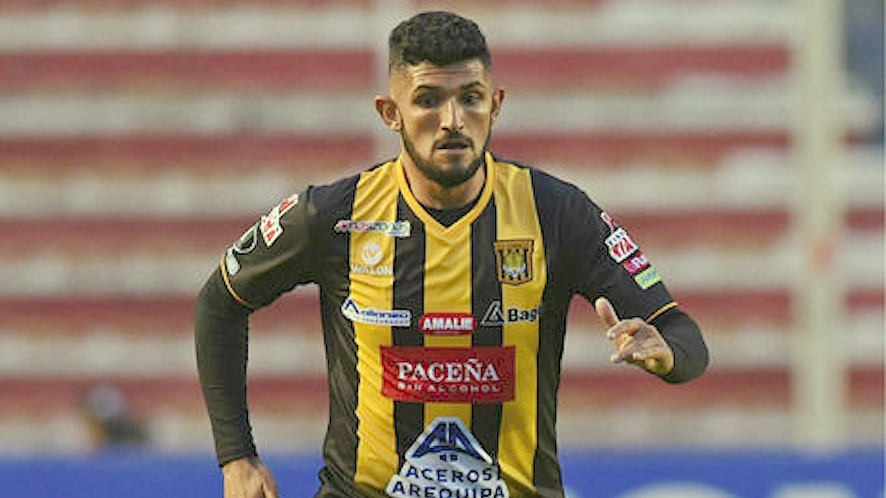 Wilstermann fichará al zaguero del Tigre Maximiliano Ortiz