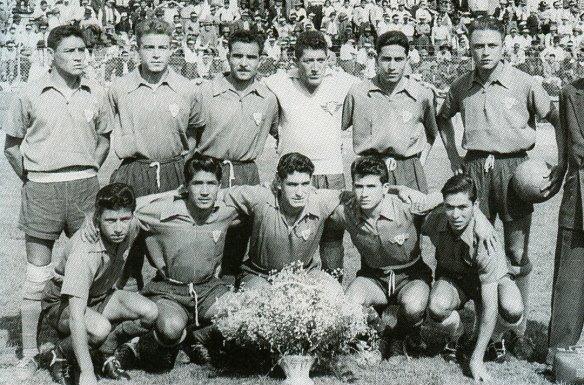 1959 - Wilstermann campeón en el torneo nacional organizado por la Asociaición de Fútbol de La Paz, fue inscrito por la FBF al primer campeonato sudamericano de clubes campeones (luego Libertadores de América). Fue así el primer equipo boliviano que jugó ese torneo.