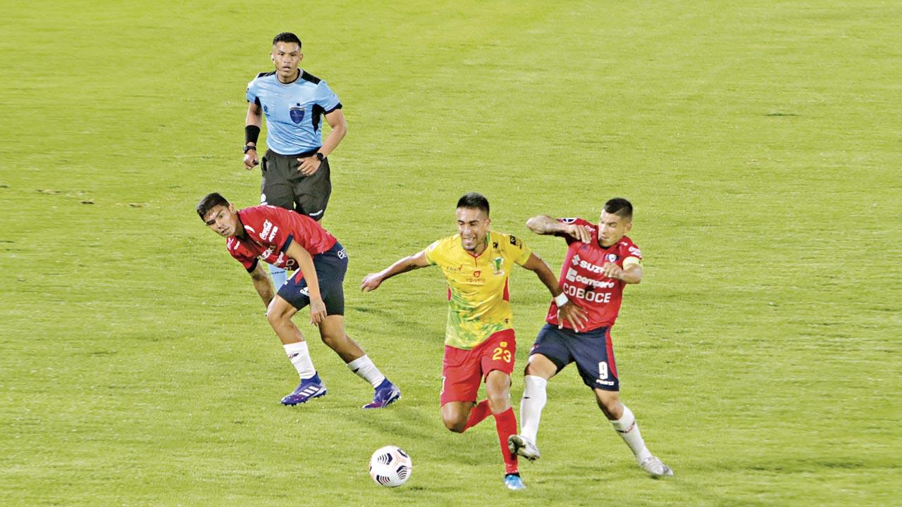 Wilster busca avanzar en la Copa en ambiente adverso