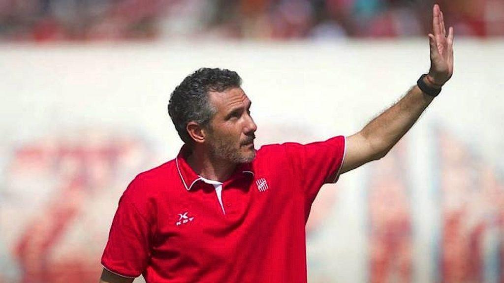 Diego Cagna llegará el jueves para dirigir a Wilster