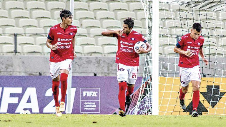Wilster y Bolívar juegan por seguir en Sudamericana
